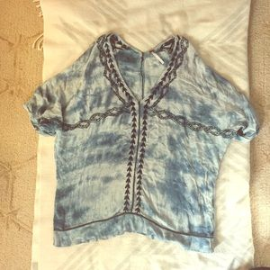 FREE PEOPLE Blue Embroidered Tie Dye Top